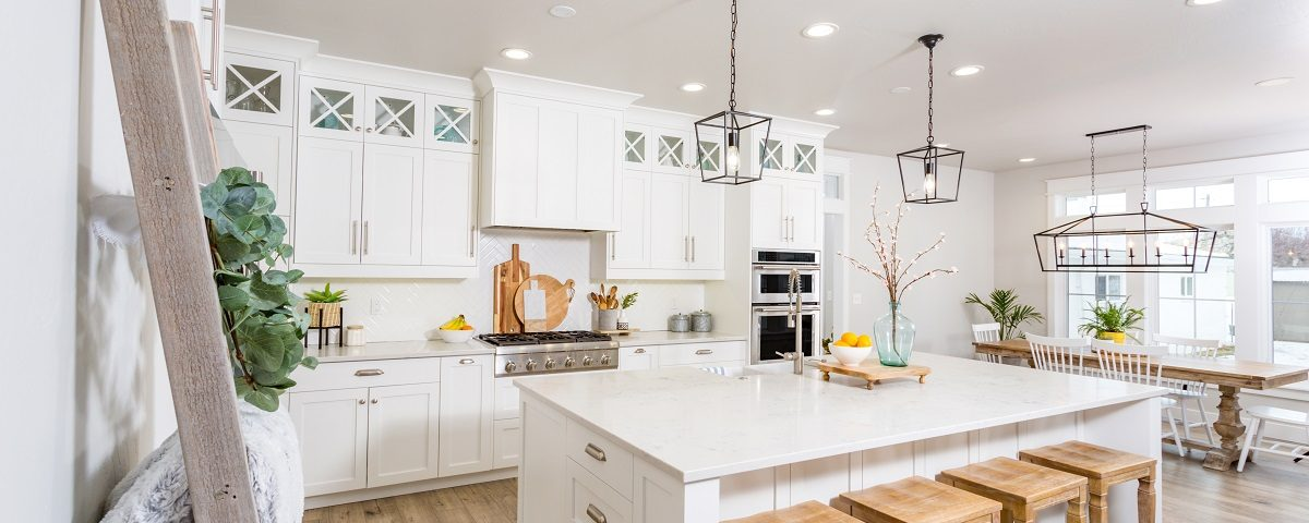 Differences Between Granite & Quartz